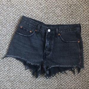 Levis 501 Raw Hem Cut off High Rise Shorts 27